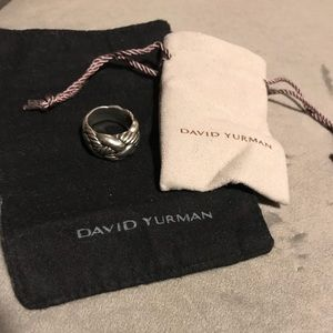 AUTHENTIC David Yurman large crossover ring